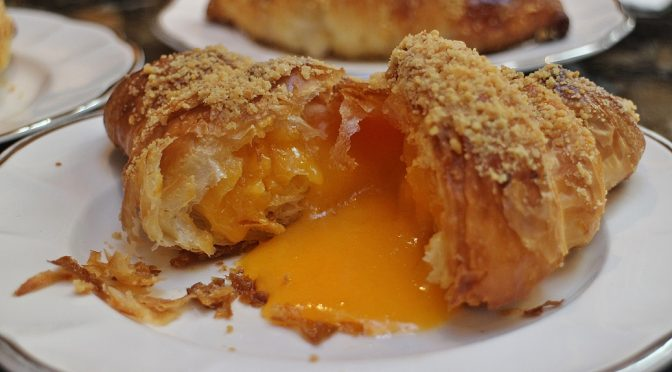 [JB EATS] RE-VISIT SALTED EGG LAVA CROISSANT AT SEVEN OAKS BAKERY & CAFÉ